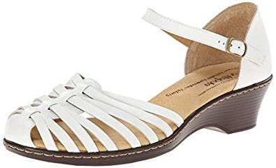 8 Of The Best Closed Toe Sandals For Women Check What S Best